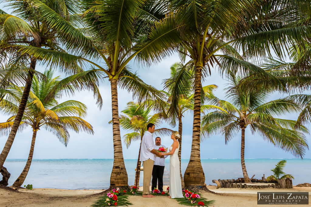 San Pedro Barefoot Weddings. La Isla Bonita, Belize Photographer Jose Luis Zapata (8)
