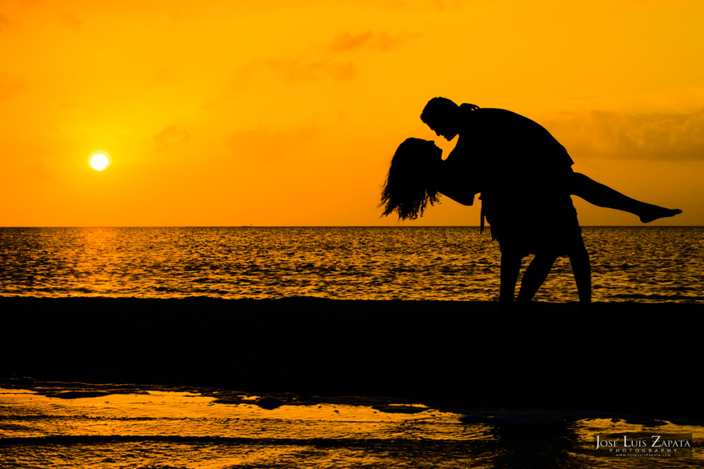 Weddings Belize - Sandbar Love in Ambergris Caye, San Pedro Belize