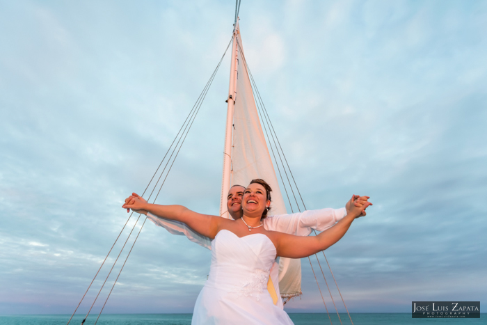 Sailboat Wedding - San Pedro Belize - Grand Caribe - La Sirena Azul Sail Boat - Jose Luis Zapata
