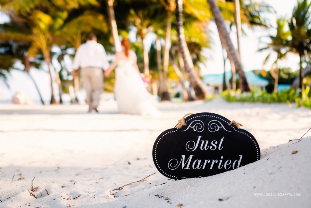 Victoria House Belize Wedding - Jose Luis Zapata Photography Ambergris Caye Photographer