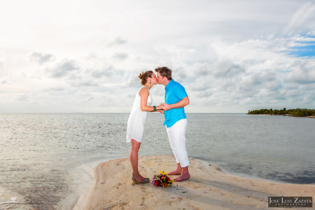 San Pedro Sandbar Elopement Wedding, Ambergris Caye, Belize Wedding (25)