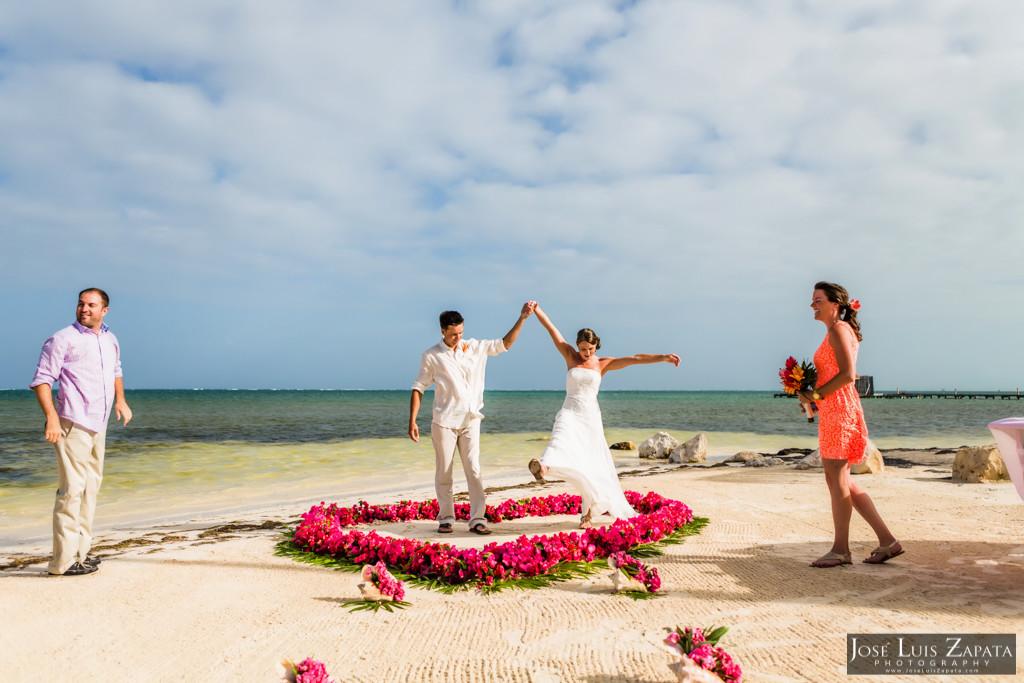 Chet & Kelli Coco Beach Wedding San Pedro Belize (26)