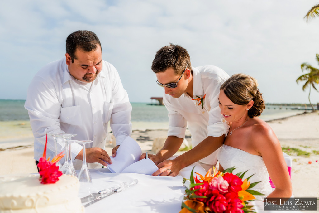 Chet & Kelli Coco Beach Wedding San Pedro Belize (29)