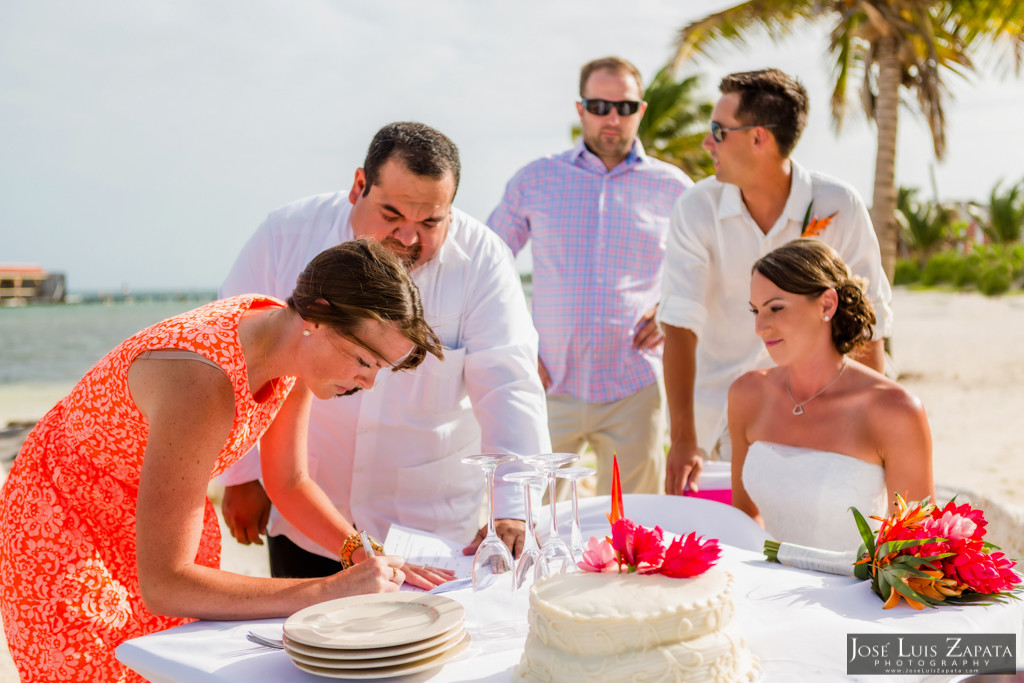 Chet & Kelli Coco Beach Wedding San Pedro Belize (32)