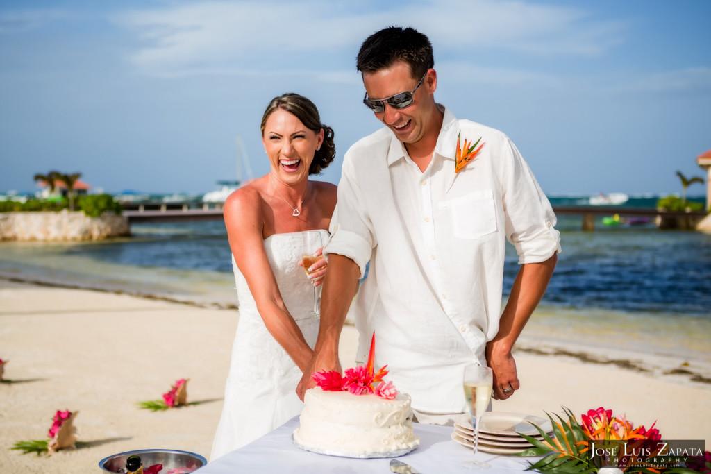 Chet & Kelli Coco Beach Wedding San Pedro Belize (38)