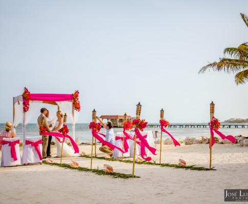 Belize Beach Wedding | Coco Beach Resort Belize