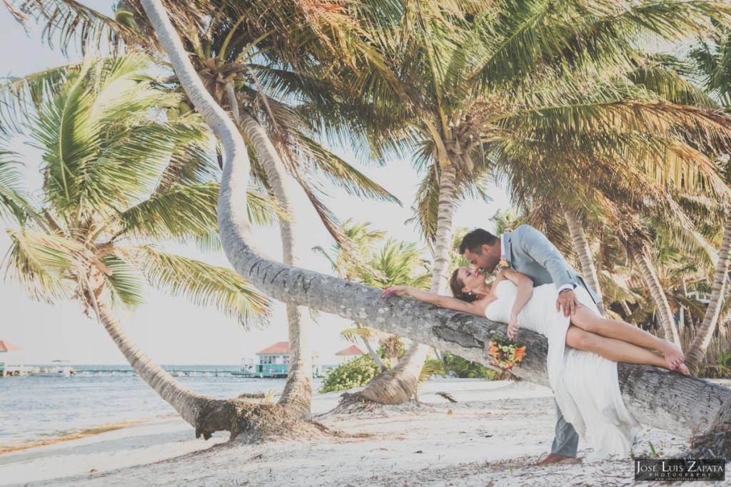 Coco Beach Belize Resort - Intimate Beach Wedding (21)