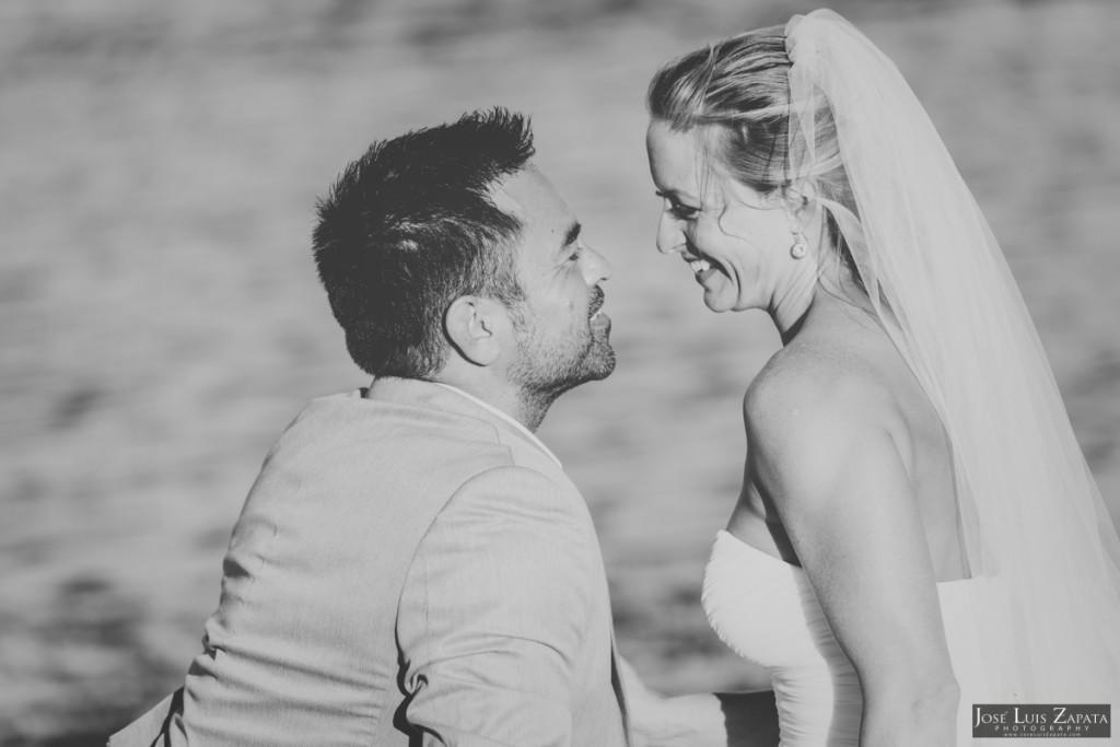 Coco Beach Belize Resort - Intimate Beach Wedding (16)