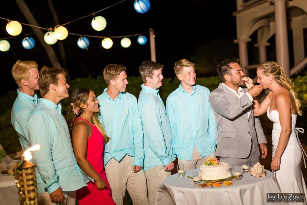 Coco Beach Belize Resort - Intimate Beach Wedding (1)