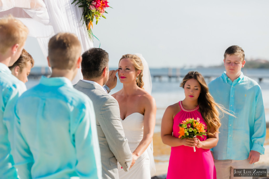 Coco Beach Belize Resort - Intimate Beach Wedding (41)