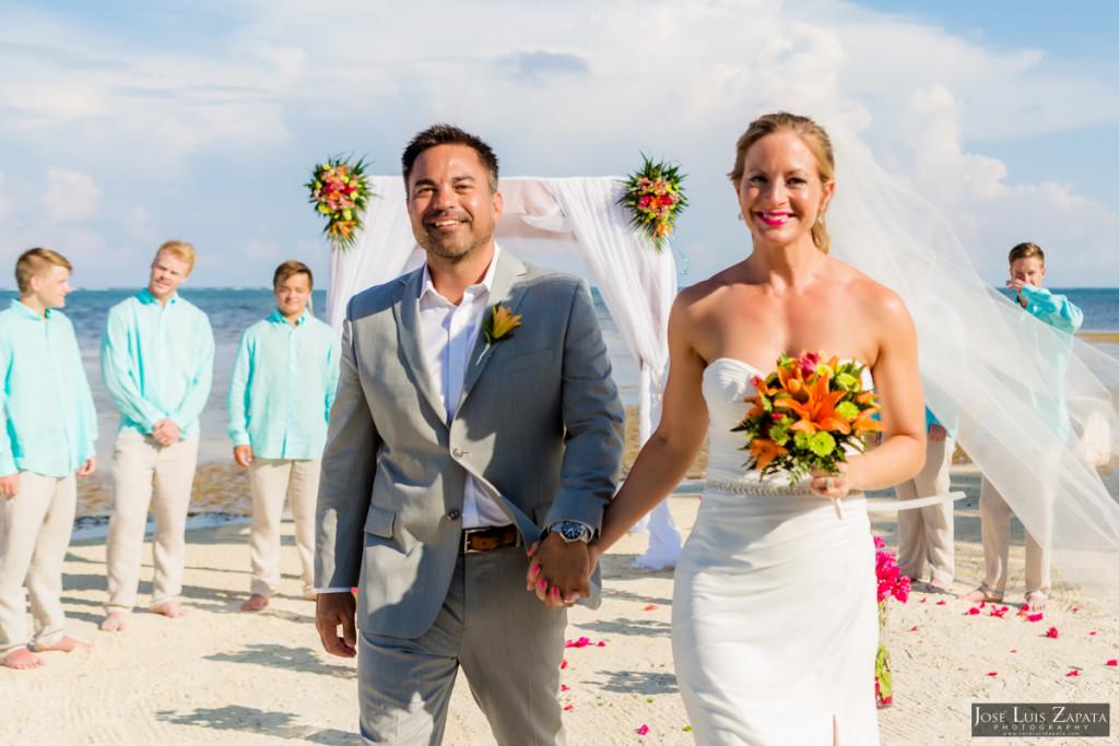 Coco Beach Belize Resort - Intimate Beach Wedding (37)