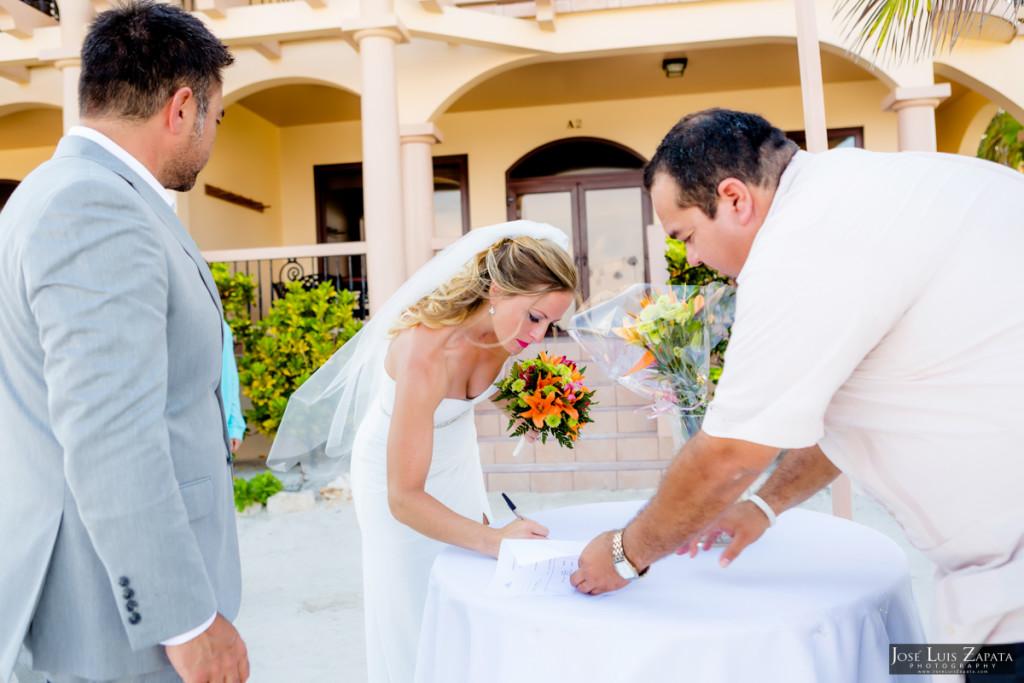 Coco Beach Belize Resort - Intimate Beach Wedding (36)