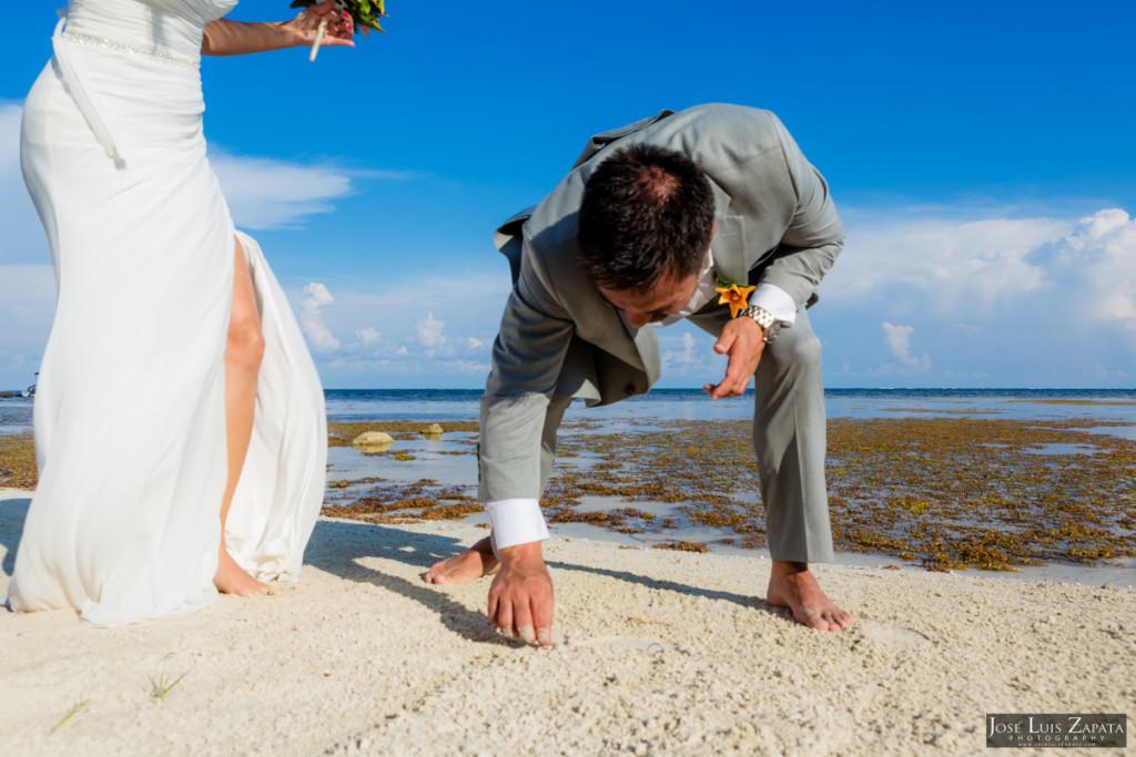 Coco Beach Belize Resort - Intimate Beach Wedding (33)