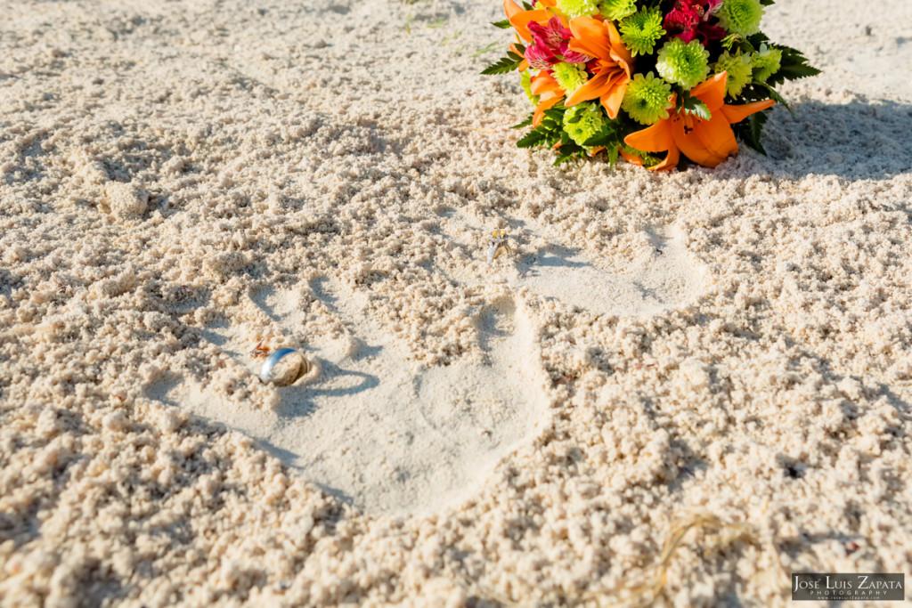 Coco Beach Belize Resort - Intimate Beach Wedding (32)