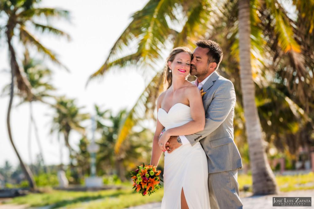 Coco Beach Belize Resort - Intimate Beach Wedding (31)