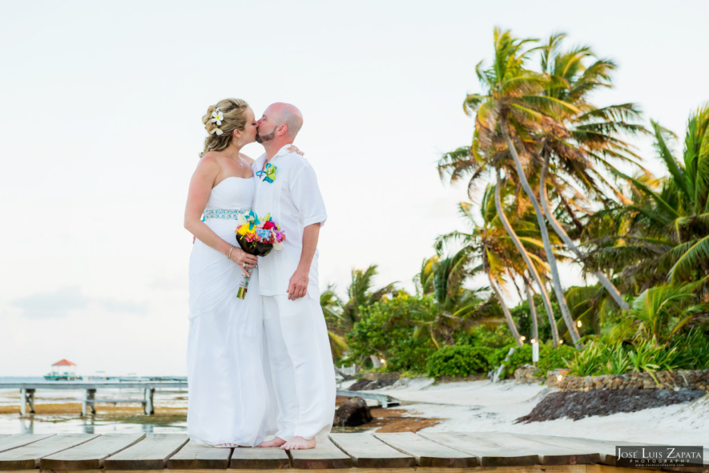 Kevin & Mandy - Blue Dolphin Vacation House Wedding - Ambergris Caye, Belize (36)