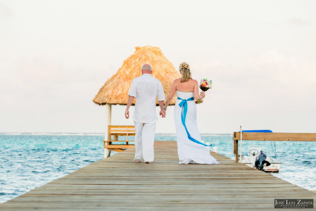 Kevin & Mandy - Blue Dolphin Vacation House Wedding - Ambergris Caye, Belize (35)