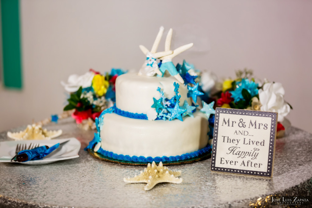 Kevin & Mandy - Blue Dolphin Vacation House Wedding - Ambergris Caye, Belize (15)