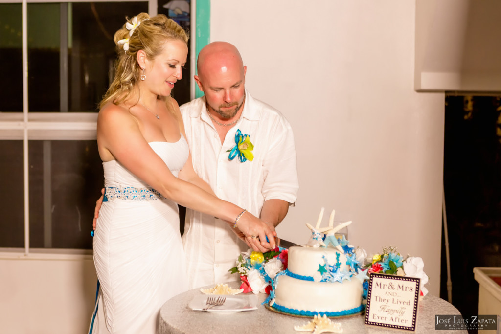 Kevin & Mandy - Blue Dolphin Vacation House Wedding - Ambergris Caye, Belize (14)