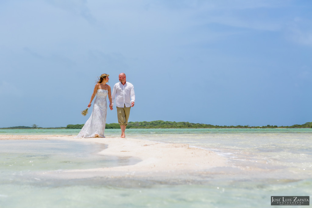 San Pedro Sandbar Next Day Wedding Photos (4)