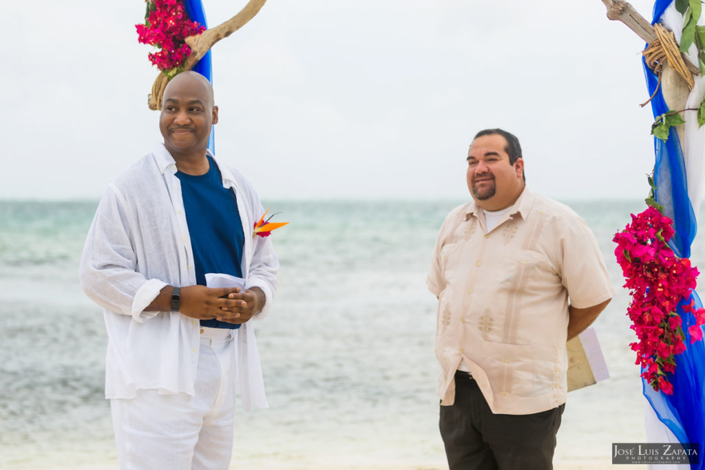 Intimate Coco Beach Belize Wedding - Sandy Point Weddings - Jose Luis Zapata Photography