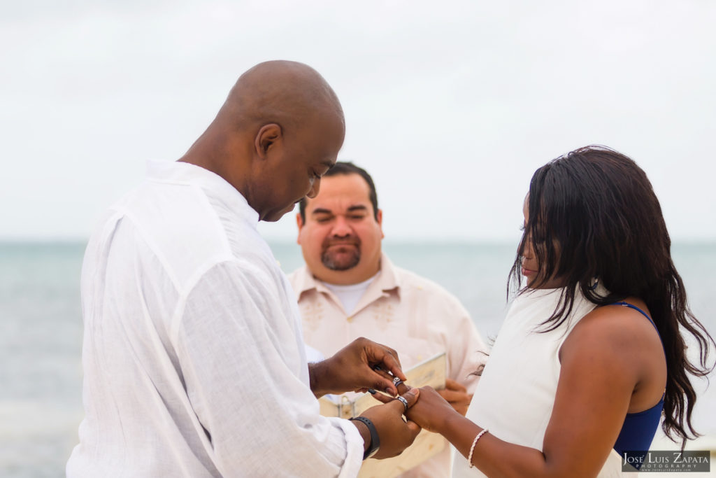 Coco Beach Resort - Sandy Point Weddings - Jose Luis Zapata Photography