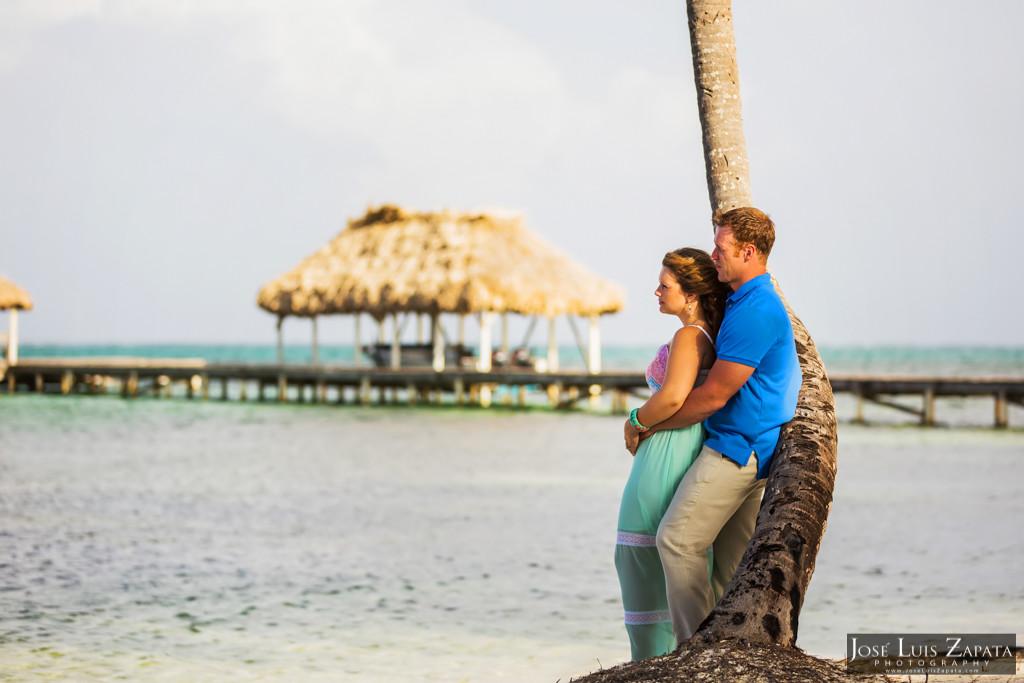 Wayne & Jan- Belize Honeymoon Photo Shoot - Victoria House (18)