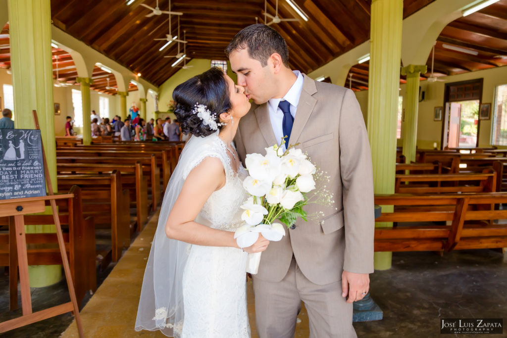 Adrian & Gaylan - San Ignacio, Blancaneaux Resort - Belize Wedding (36)