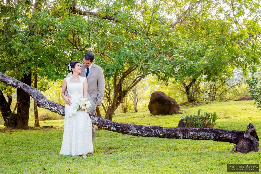 Adrian & Gaylan - San Ignacio, Blancaneaux Resort - Belize Wedding (20)