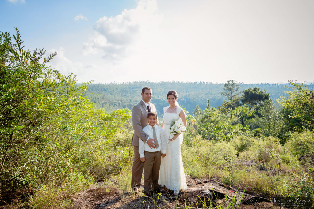Adrian & Gaylan - San Ignacio, Blancaneaux Resort - Belize Wedding (7)