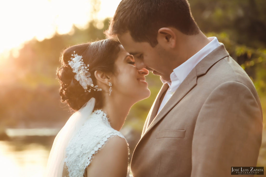 Adrian & Gaylan - San Ignacio, Blancaneaux Resort - Belize Wedding (3)