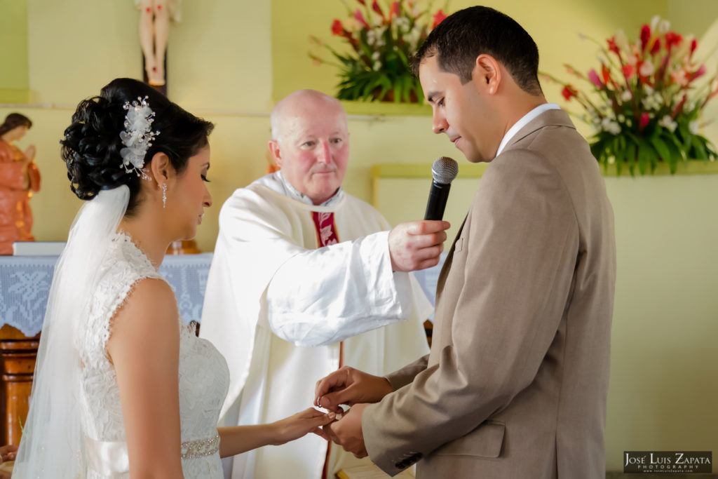 Adrian & Gaylan - San Ignacio, Blancaneaux Resort - Belize Wedding (40)