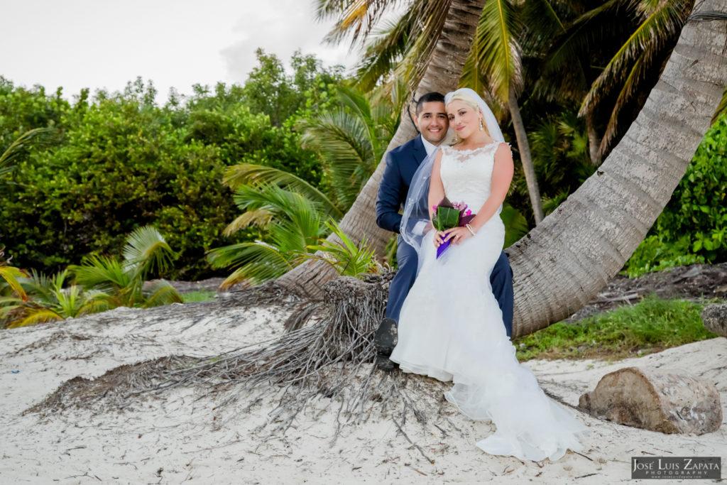 Private Beach Wedding Belize   Diamond Reed Villas   Ambergris Caye, Belize