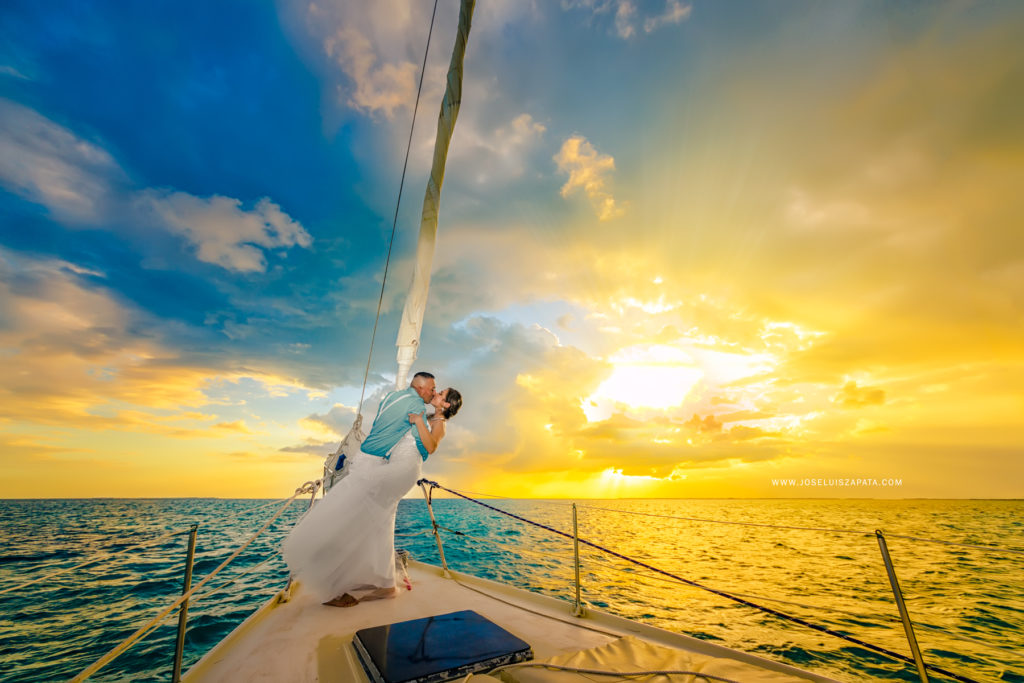 Weddings Belize - Sailboat Wedding, Ambergris Caye Island