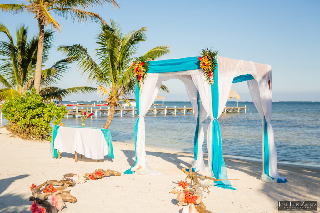 Leap Year Wedding in Belize - Jose Luis Zapata Photography - Belize Photographer (21)