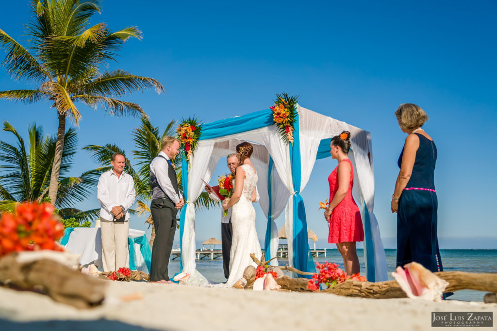 Leap Year Wedding in Belize - Jose Luis Zapata Photography - Belize Photographer (18)