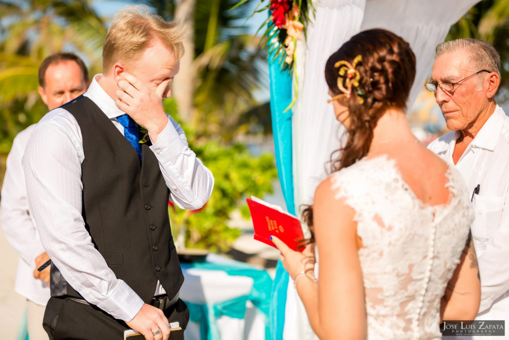 Leap Year Wedding in Belize - Jose Luis Zapata Photography - Belize Photographer (16)