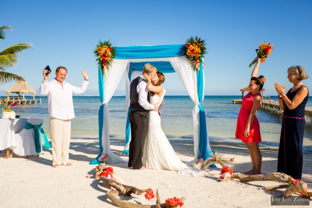 Leap Year Wedding in Belize - Jose Luis Zapata Photography - Belize Photographer (14)