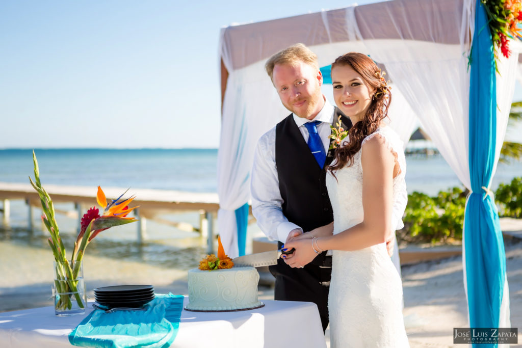 Leap Year Wedding in Belize - Jose Luis Zapata Photography - Belize Photographer (13)