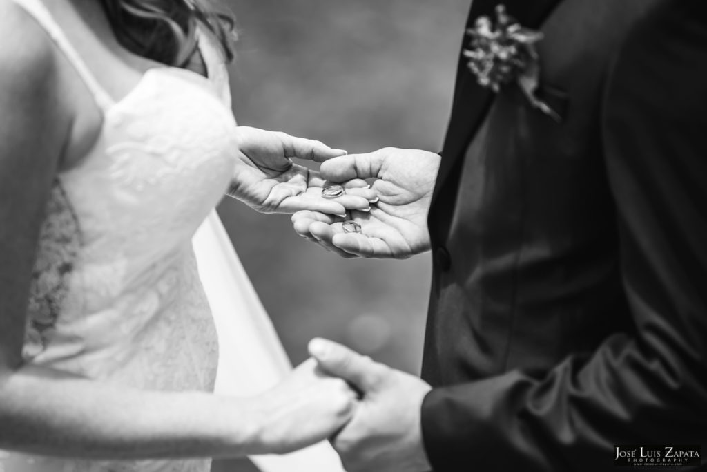 Derek & Megan - San Ignacio Resort & Maya Ruin Wedding - Belize Photographer (29)