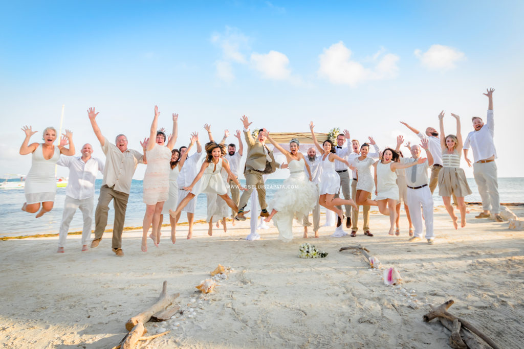Weddings Belize - Coco Beach Belize Luxury Wedding. Ambergris Caye Island Belize Weddings