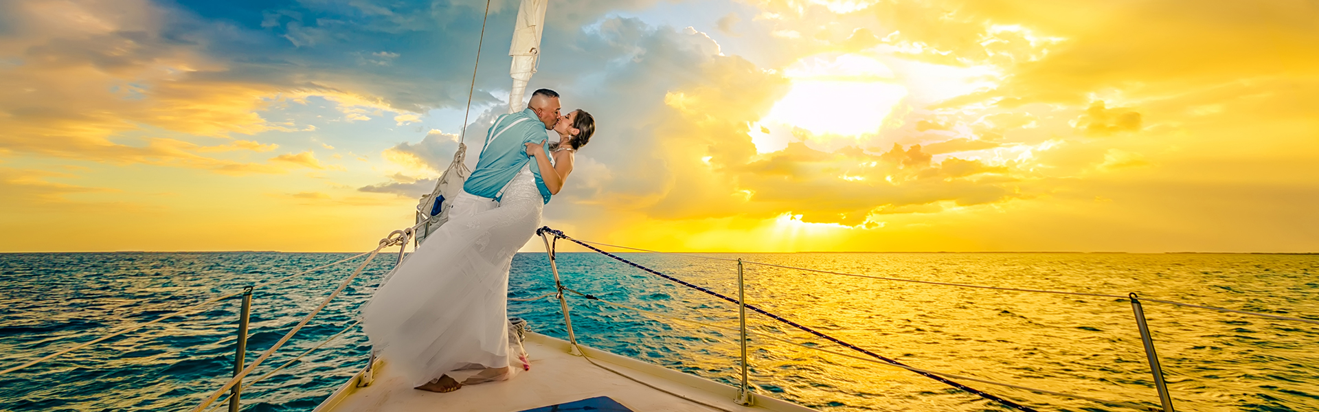 SUNSET LOVE ON A SAILBOAT